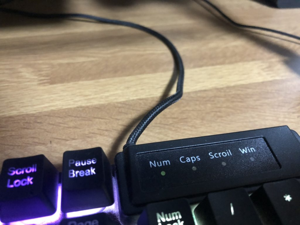 ゲーミングキーボード_6